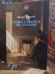 Storia e pratica del silenzio